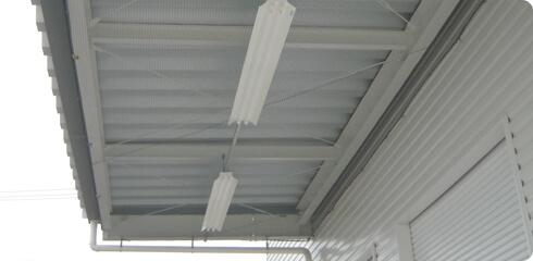 工場・倉庫内などでの鳥害対策イメージ3