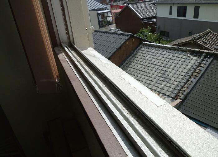 窓水切り部